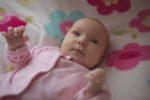 Neonato: il taglio delle unghie, la pulizia di orecchie e naso